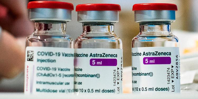 Hasta la fecha, a 72,700 empleados de salud se les aplicó la vacuna de AstraZeneca contra el COVID-19.