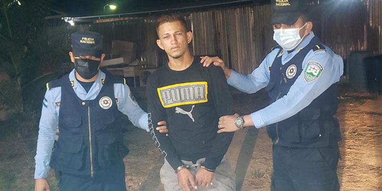 El detenido fue requerido por el Juzgado de Letras Seccional de El Progreso, Yoro.