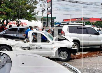 Cuádruple colisión deja varios heridos en Choloma, Cortés (Video)
