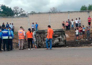 Dos muertos deja aparatoso accidente cerca de Morocelí