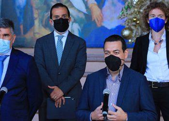 El Grupo Asesor entregó el informe al coordinador de Gobierno, Carlos Madero, al finalizar cuatro meses de labores.