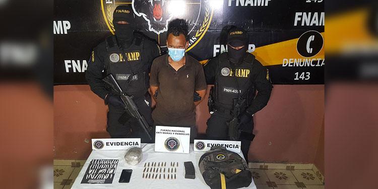El detenido fue remitido ante las autoridades correspondientes junto a pruebas de convicción.