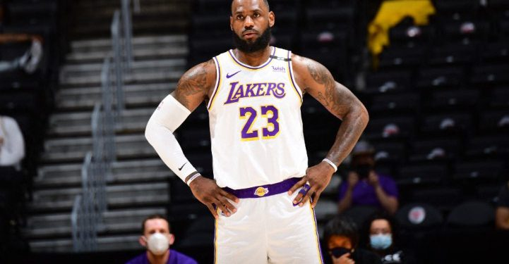 LOS ANGELES, CA - MAY 2: LeBron James #23 of the Los Angeles Lakers looks on during the game against the Toronto Raptors on May 2, 2021 at STAPLES Center in Los Angeles, California. NOTE TO USER: User expressly acknowledges and agrees that, by downloading and/or using this Photograph, user is consenting to the terms and conditions of the Getty Images License Agreement. Mandatory Copyright Notice: Copyright 2021 NBAE   Adam Pantozzi/NBAE via Getty Images/AFP (Photo by Adam Pantozzi / NBAE / Getty Images / Getty Images via AFP)
