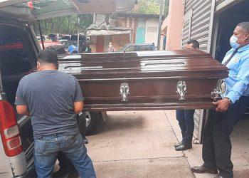 La señora Ana Joaquina López Gutiérrez (foto inserta), murió a consecuencia de haber sufrido un accidente vial en su natal Jesús de Otoro, Intibucá.
