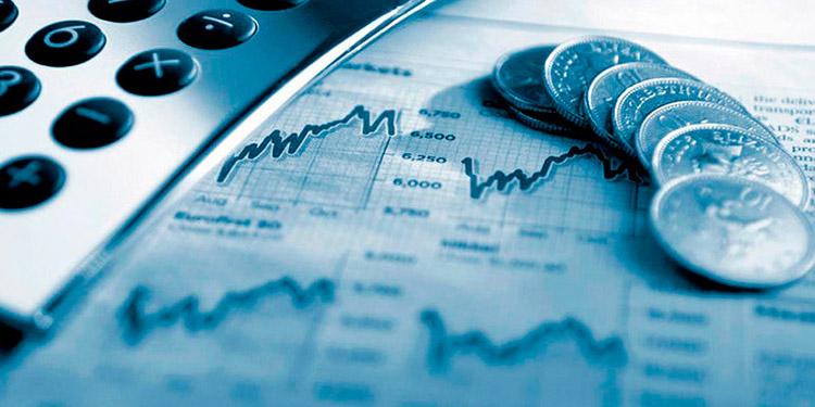 Uno de los factores principales que fortalece el lempira es el ingreso de remesas criterio de analistas.