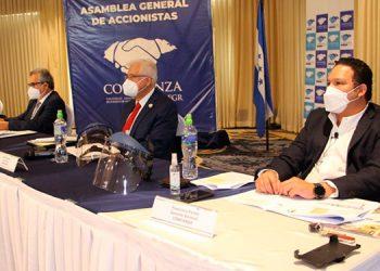 Directivos y socios de Confianza SA-FGR participaron en su IX Asamblea Ordinaria, celebrada de forma virtual en tiempos de la pandemia de COVID-19.