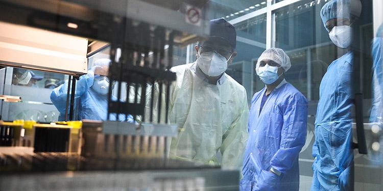 La construcción de laboratorios fue iniciativa del Presidente Juan Orlando Hernández con contribución de organismos de cooperación externa como OPS y USAID.