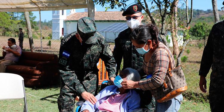 Durante las brigadas se asistirá con servicios de odontología, pediatría, ginecología, pruebas rápidas para detectar COVID-19, cortes de cabello, asesoramiento legal, bajo medidas de bioseguridad.