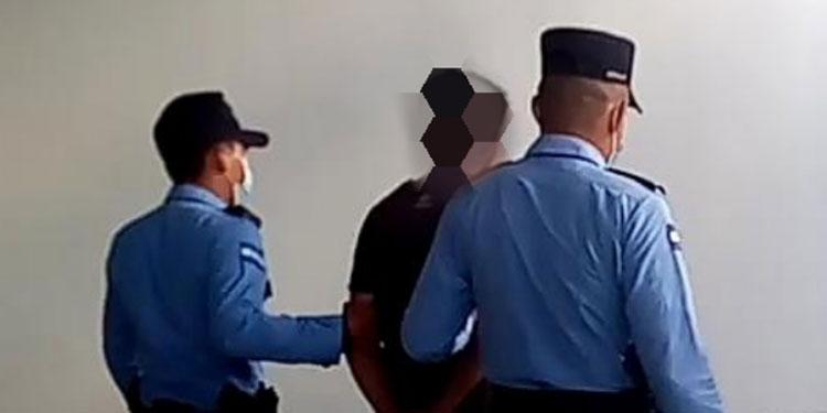 Entre las capturas se reportó el arresto de varias mujeres con cuentas pendientes con la ley.