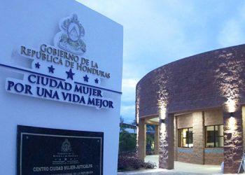 El edificio de Ciudad Mujer en Choluteca se construyó con fondos de un préstamo del BID y se equipó con fondos nacionales.