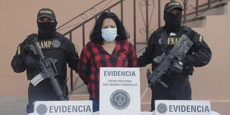 Agentes antipandillas indicaron que ya le daban seguimiento a Leila Oneyda Ríos Varela por el cobro de extorsión.