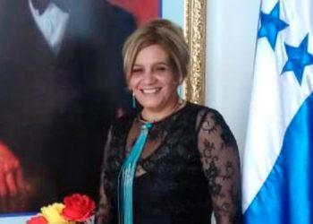 Sonia Edith Molina, declamadora y poetisa nacional.