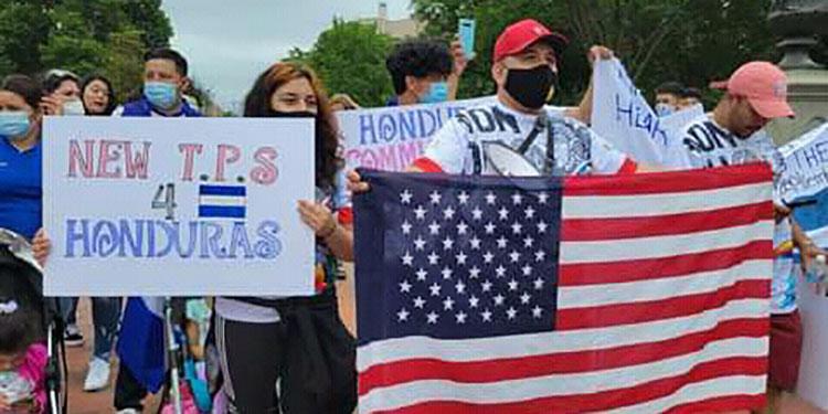 Los hondureños en los Estados Unidos exigieron a las autoridades hondureñas su derecho a votar en las elecciones de noviembre.