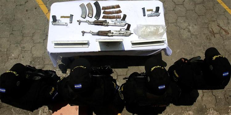 Las armas decomisadas serán puestas a las órdenes del Ministerio Público (MP) y se investigue si han sido utilizada para cometer crímenes.