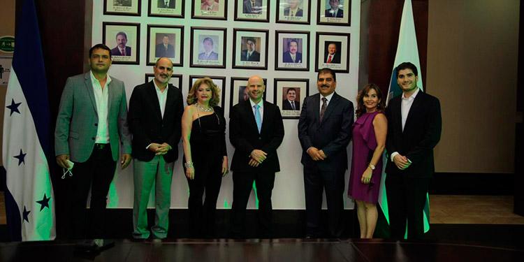 La CCIC incorporó la fotografía del empresario Jorge Faraj en la galería de expresidentes, por su excelente gestión en el período 2016-2020.