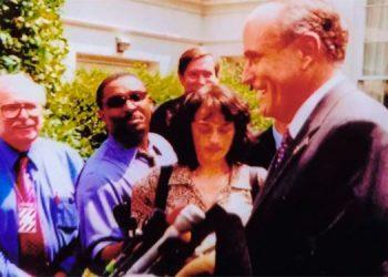 Rudy Giuliani en una de sus múltiples visitas en 2002 a la Casa Blanca.