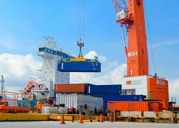 El comercio exterior catracho sigue siendo el más lento, pese a los concesionamientos de Puerto Cortés, la tramitología aduanera y carreteras defectuosas.