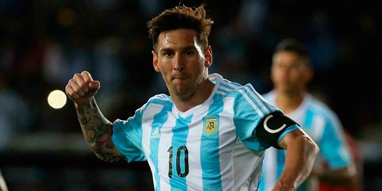 Messi se incorpora a la selección argentina.