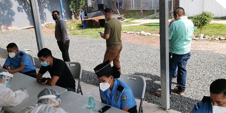 La DPI se ha enfocado en la prevención para que se cumpla lo establecido en los protocolos de bioseguridad y así evitar la propagación del COVID-19, destacó la portavoz de Seguridad, Rebeca Martínez.