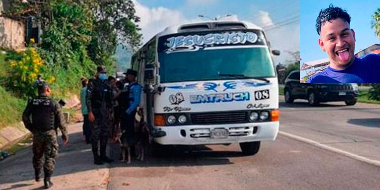 El joven Brayan Nahún Padilla Cortés (foto inserta) se dirigía a trabajar en una maquila cuando fue atacado en la unidad de transporte.