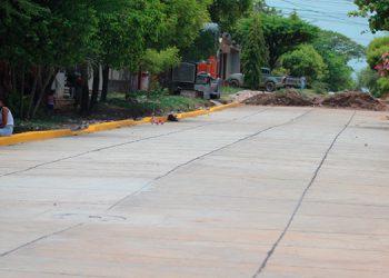 El proyecto de pavimentación, valorado en miles de lempiras, avanza en casi un cien por ciento.