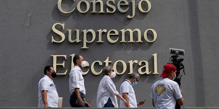 La opositora Alianza Ciudadanos por la Libertad de Nicaragua anunció la reapertura de la inscripción de precandidatos a presidente de la República con miras a los comicios generales convocados para el 7 de noviembre próximo. (LASSERFOTO EFE)