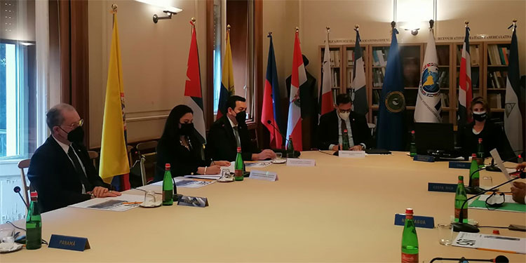Los representes del Honduras también se reunieron con la secretaria general del Instituto Italo-Latinoamericano (IILA).