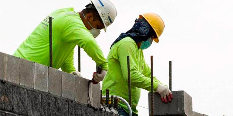 La mejora del empleo en Estados Unidos ha permitido aumentar los flujos de remesas a países como Honduras.