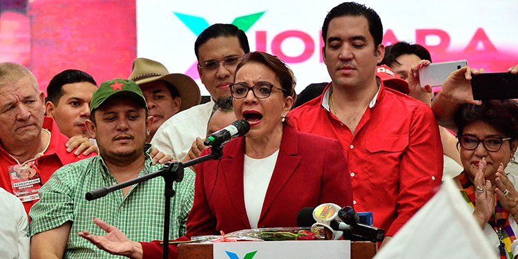 """Xiomara Castro: """"Nuestra propuesta de alianza es con el pueblo""""."""