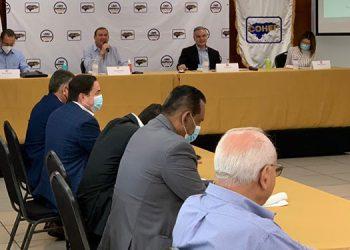 Yani Rosenthal estuvo reunido con la cúpula empresarial del Cohep.