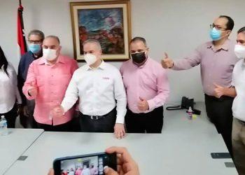 "Yani Rosentthal anunció que integrará una alianza de ""dos cabezas""."