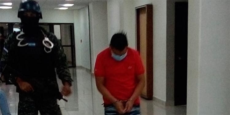 Gersón Inés Pérez Hernández, culpable del delito de homicidio en su grado de ejecución de tentativa en perjuicio de un testigo protegido.