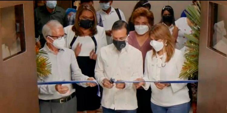 La iniciativa de mejorar los servicios de atención médica ante la pandemia del COVID-19, señaló el presidente del BCH en la inauguración del proyecto.