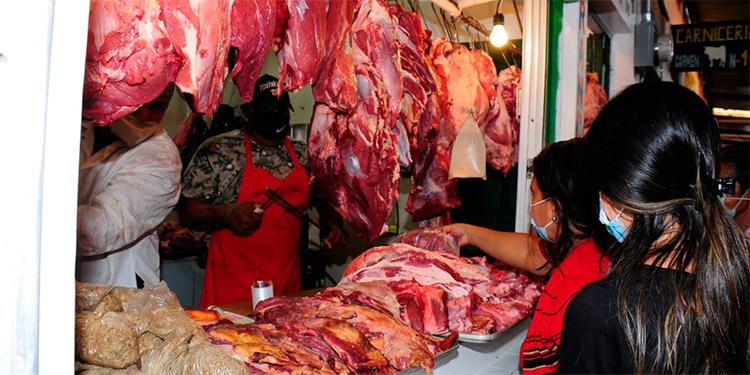 Consumidores elevan el grito al cielo por el alto costo que registra, especialmente, la carne de res.