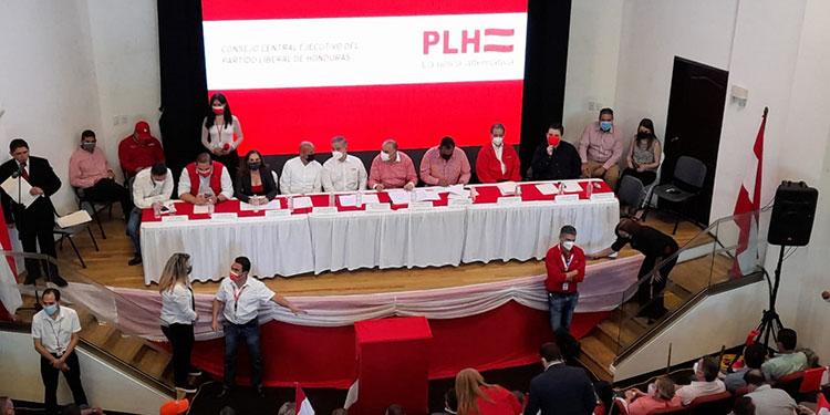El proyecto de ley fue firmado en las propias instalaciones del CCEPL, por 44 diputados propietarios y suplentes.