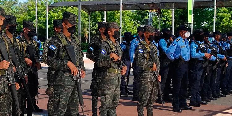 Los miembros de los cuerpos de seguridad redoblan acciones para salvaguardar a los pobladores.