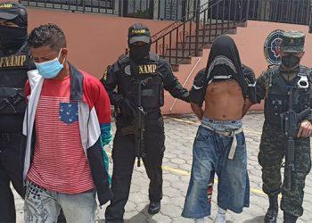 A los capturados se les señala por los últimos hechos violentos en la zona incluyendo un homicidio múltiple.