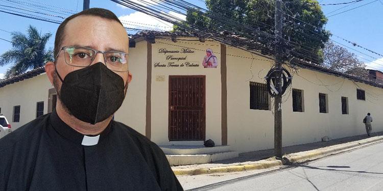 El sacerdote Aarón Martínez (foto inserta) indicó que el dispensario ofrece asistencia médica a personas de escasos recursos.