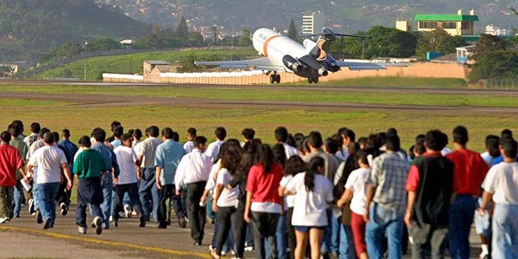 Entre enero y mayo de este año han sido deportados 1.457 hondureños más que los 21.997 retornados en el mismo período de 2020.