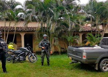 Durante el fin de semana agentes de la Dirección Policial de Investigaciones (DPI), junto a agentes de la Policía Militar realizaron varios allanamientos de morada.