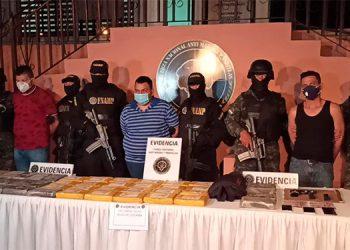 Los capturados fueron trasladados a Tegucigalpa.