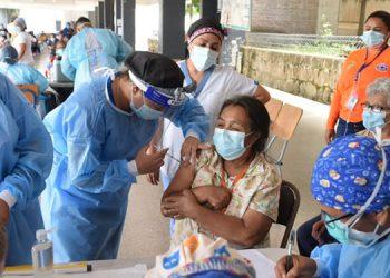 En esta quinta campaña esperan aplicar la primera dosis contra la COVID-19, a más de 418 mil personas, con vacunas donadas por la OMS y México.