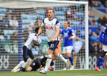 Tottenham Hotspur's English striker Harry Kane celebrates scoring their first goal to equalise 1-1 during the English Premier League football match between Leicester City and Tottenham Hotspur at King Power Stadium in Leicester, central England on May 23, 2021. (Photo by MIKE EGERTON / POOL / AFP) / RESTRICTED TO EDITORIAL USE. No use with unauthorized audio, video, data, fixture lists, club/league logos or 'live' services. Online in-match use limited to 120 images. An additional 40 images may be used in extra time. No video emulation. Social media in-match use limited to 120 images. An additional 40 images may be used in extra time. No use in betting publications, games or single club/league/player publications. /