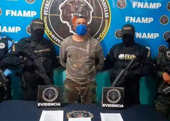 """Luis Antonio Isaula Bustillo (35), cabecilla de la banda """"Los Grillos"""", fue detenido en El Porvenir, Atlántida."""