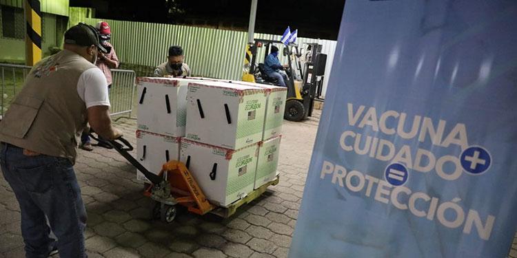 El pasado sábado ingresaron al país 1.5 millones de dosis de la vacuna Moderna.
