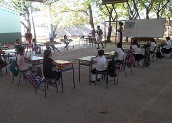La pandemia y el impacto de los fenómenos climáticos acentuaron la ausencia de estudiantes.