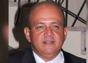 Manuel Iván Fiallos, aspirante a diputado liberal.