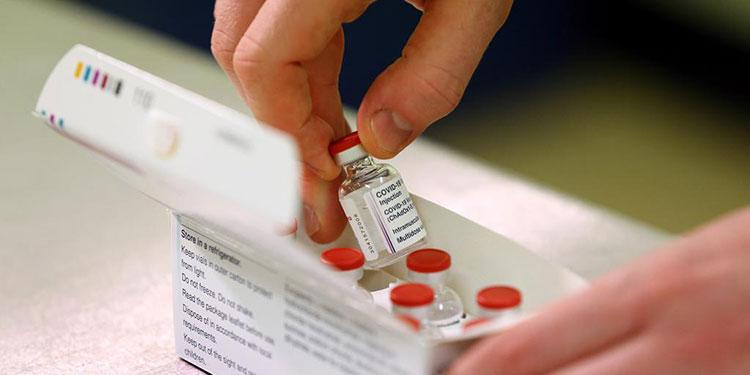 Expertos han detallado que, aunque la OMS todavía no lo acepta oficialmente, muchos países de Europa, de América Latina y Estados Unidos, están combinando vacunas contra el COVID-19.
