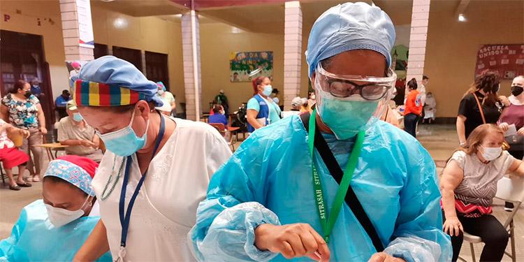 El PAI registra en sus estadísticas que 352,252 dosis de vacunas anticovid se han aplicado entre la Sesal y el IHSS.