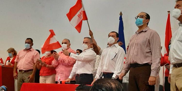 En aras de la unidad partidaria y en el entendido de que la democracia hondureña ocupa el desarrollo normal del Partido Liberal.